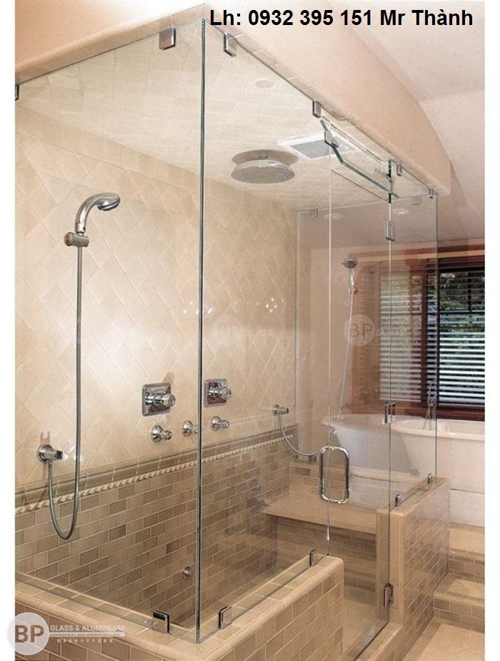 lắp đặt cửa kính phòng tắm tại quận phú nhuận