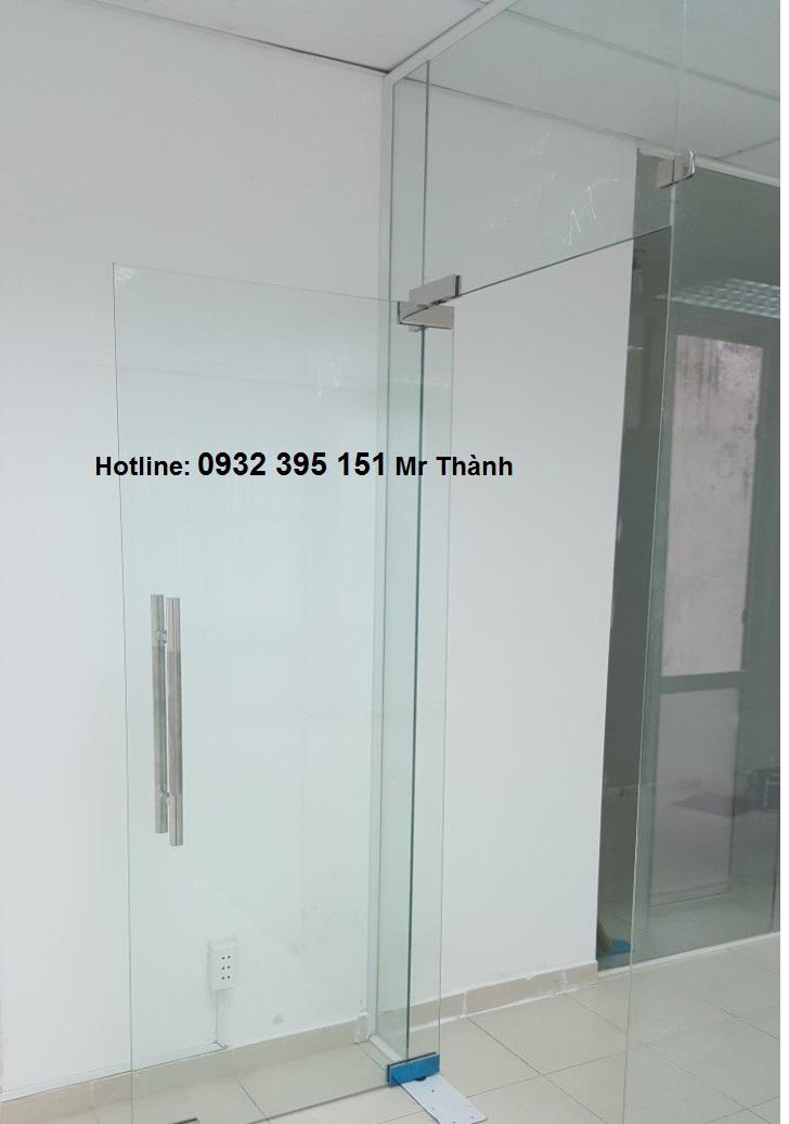 Cửa kính cường lực bản lề sàn VVP Thái Lan0
