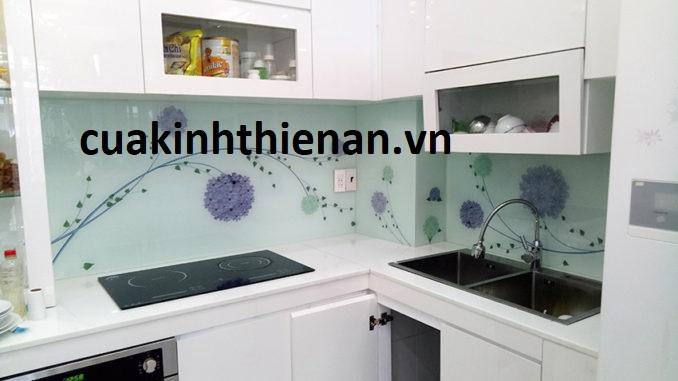 Báo giá kính sơn màu ốp bếp cường lực quận Tân Phú