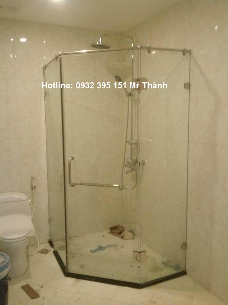 Phòng tắm kính cường lực giá rẻ tại hcm