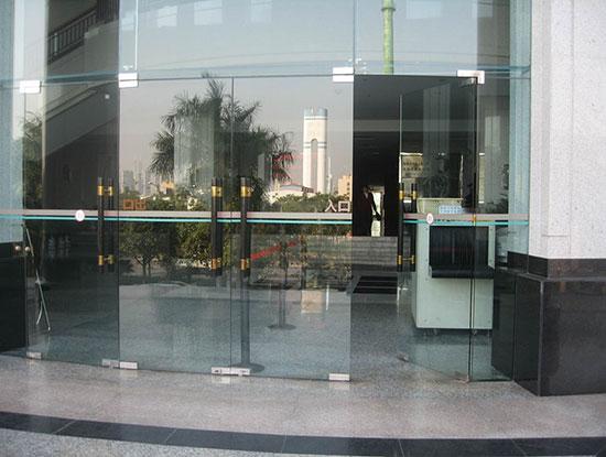 Sửa cửa kính tại q4-q 5 -q 6 -q 7